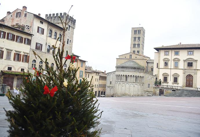Sopravviver arezzo senza mercatino tirolese l 39 ortica for Arezzo mercatino