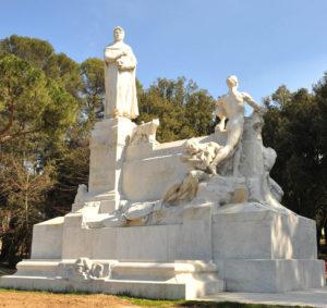 Arezzo Monumento a Francesco Petrarca